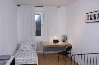 Wohnung mit Balkon in Berlin-Spandau für bis zu 4 Personen